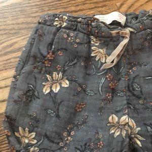 Zara Bottoms - Zara floral pants